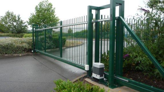 Cantilever sliding gate, BULL.624